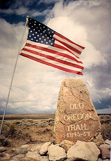 Oregon Trail pioneer Ezra Meeker erected this boulder near Pacific Springs on Wyoming's South Pass in 1906.[1]