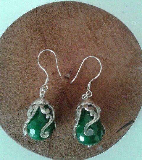 Özel tasarım Yeşil Akik fasetli kesim, 925 ayar Gümüş küpelerimiz  #kupe #küpe #earrings #earring #taki #takı #takitasarim #takıtasarım #gümüş #gumus #gumustaki #gümüştakı #silver #925k