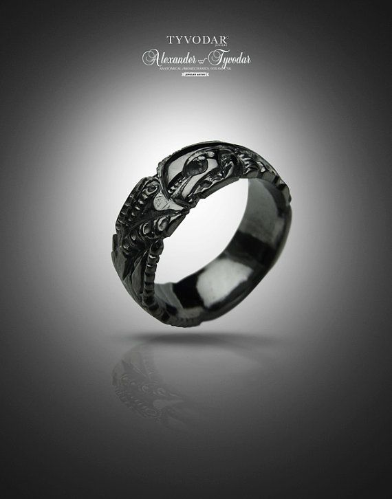 BLACK GIGER silver biomechanical ring gothic silver by TYVODAR