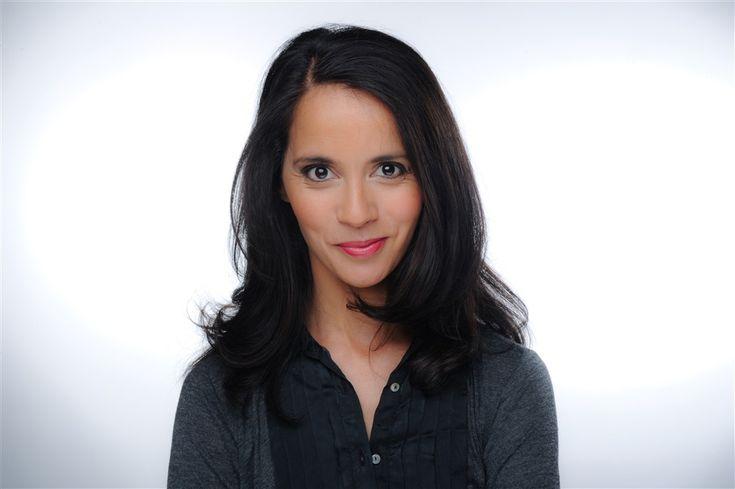Sophia Aram- Fiche Artiste  - Scénariste,Artiste interprète - AgencesArtistiques.com : la plateforme des agences artistiques
