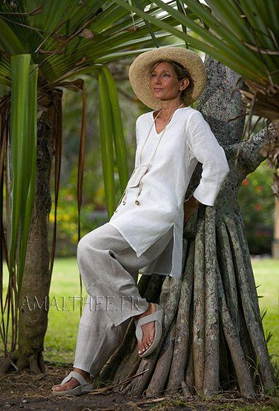 Tunique femme en lin blanc, manches trois quarts et pantalon en lin