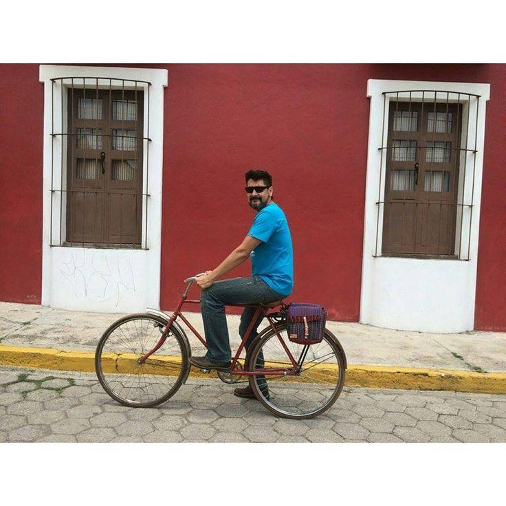 @agusteka con #alforjas para bicicleta #tejidas a mano por Matias.  #bicicleta #bicycle #hechoamano #handmade #fairtrade #comerciojusto #bici #bike #alforjas #saddlebags #hechoamano #handmade #comerciojusto #fairtrade