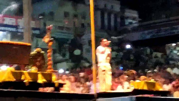 Walking in Varanasi ghat/ganga arati in banaras 4