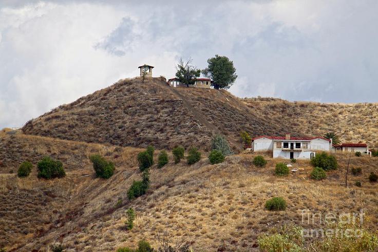 tarzan house lake elsinore
