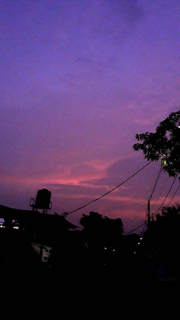 Wallpaper Aesthetic Purple Ungu Langit