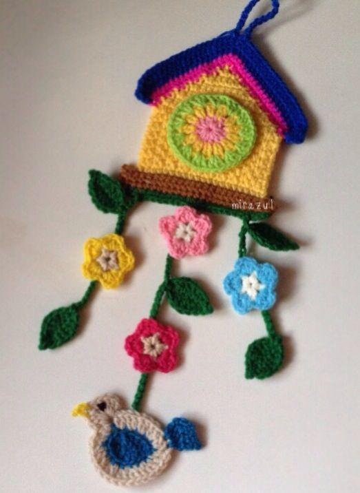 crochet birdhouse