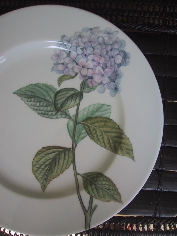 hand painted on Limoges Porcelain/ Patricia Deroubaix (sur commande/special order) France