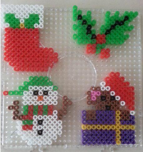 Kerstfiguren voor in de kerstboom gemaakt van nabbi strijkkralen