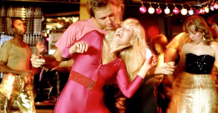 Flashing lights? Check. Flared collars? Check. Pink leotards? Check.