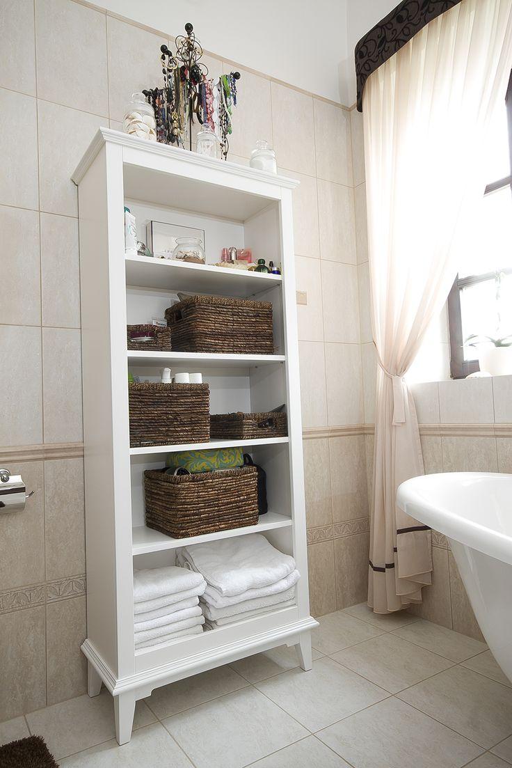 Festett MDF. fürdőszobai polc