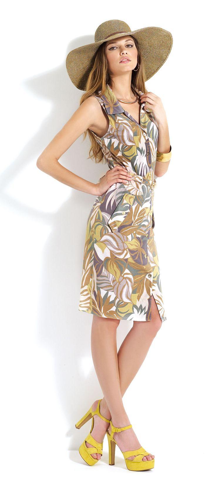 Vestido con estampado #floral de tirantes con pamela a juego #dress #trend #fashion #summer #midi
