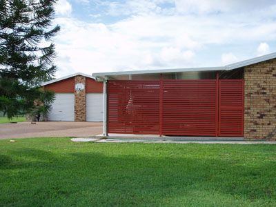 Aluminium Powdercoated Carport Screen And Gate With Slats