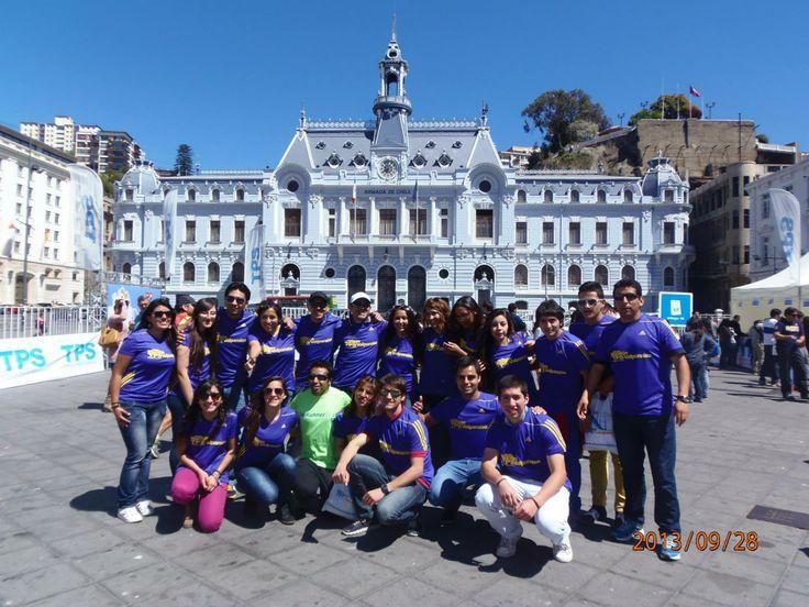 SRT se tomó las calles de Valparaiso en la  Media Maraton TPS 2013 =) mis primeros 21K =)