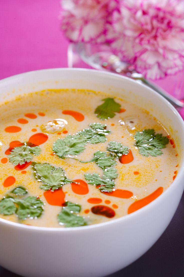 Tom Kha Kai, rozgrzewająca tajska zupa na jesień