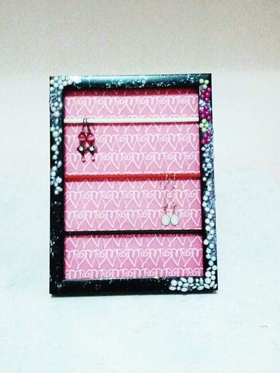 Pearlie glitter Mini Frame Earring Holder sale was by Girlscode, $15.95