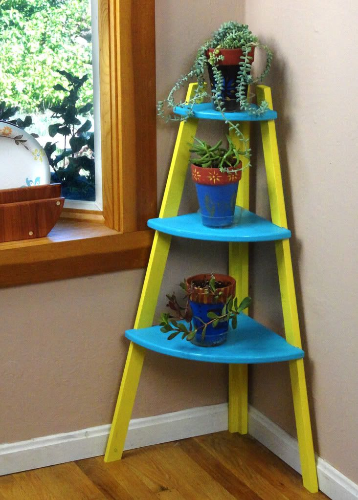Corner Stand Designs : Plant stand designs plans woodworking projects