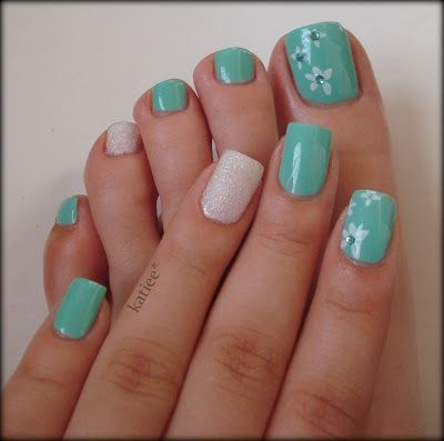 manicure -                                                      I wouldn't do the accent nail on the toes but love these colors together