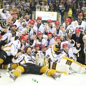 Nottingham Panthers celebrate being play-off champions 2010/2011