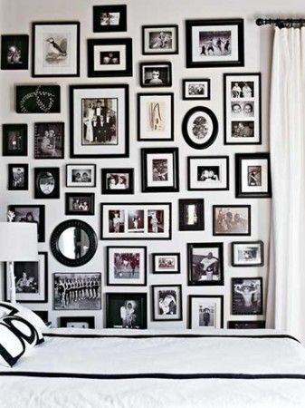 photos: Idea, Black And White, Black Frames, Galleries Wall, Photos Wall, Black White, Blackframes, Frames Wall, Pictures Wall