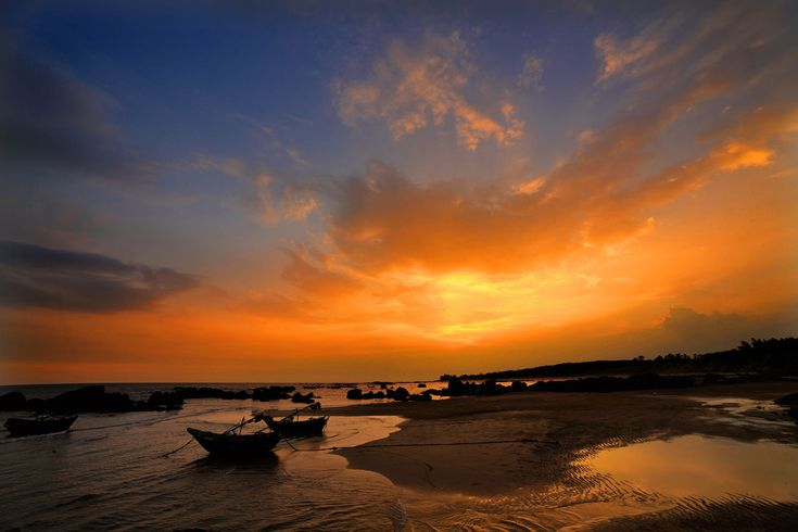 sunset, water, sea, beauty in nature, sky, scenics, nature, cloud - sky, horizon over water, tranquil scene, tranquility, beach, silhouette, nautical vessel, outdoors, no people, jet boat, day