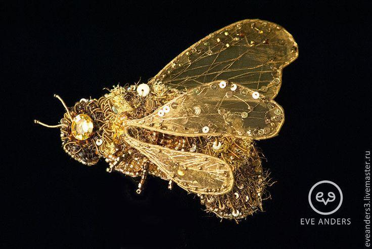 Купить Брошь - Patrik - золотой, бронзовый, брошь вышитая бисером, брошь вышитая, брошь, мотылек