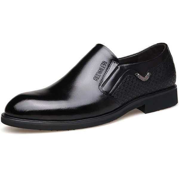 Genuine Leather Slip On Flat Business Casual Dress Shoes ($43) ❤ liked on Polyvore featuring men's fashion, men's shoes, men's dress shoes, black, mens leather slip on shoes, mens black leather shoes, mens dress loafers shoes, mens dress shoes and mens leather dress shoes