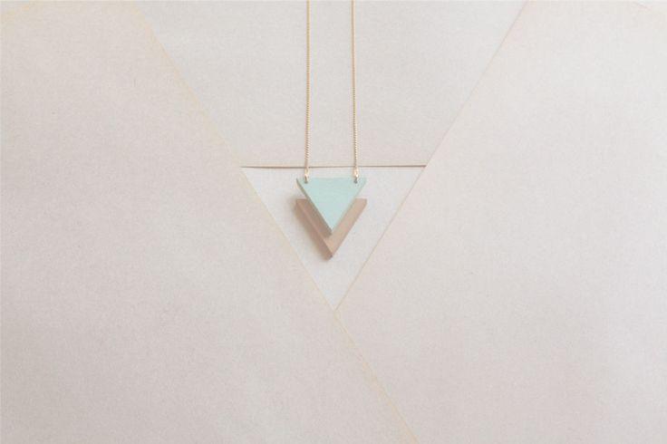 .: Geometric Necklace