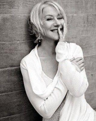 Helen Mirren, nata Elena Vasil'evna Mironova (Hounslow, 26 luglio 1945), #HelenMirren
