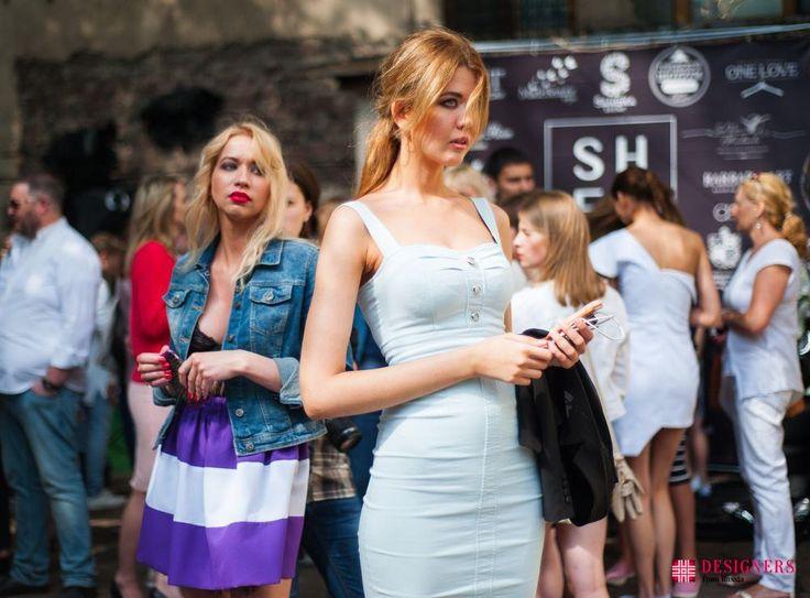 Открытие мультибрендового бутика «#Sheefoner» http://designersfromrussia.ru/otkritie-multibrendovogo-butika-sheefoner/  В субботу 9 июля ряды бутиков, представляющих различную брендовую одежду, пополнил «@Sheefoner». Адрес: Лебяжий переулок 8/4. Sheefoner – проект, уже успевший зарекомендовать себя с лучших сторон. Это и уникальная профессиональная платформа, собирающая вместе творческих, талантливых и полных созидательной энергии людей.   Подробности читайте на нашем сайте…
