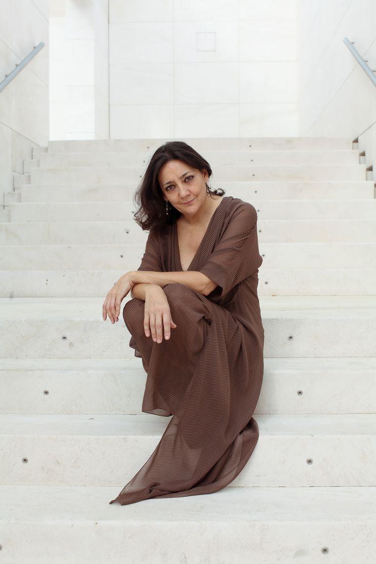 "La pianista Sira Hernandez fotografiada por Ramiro e para su disco ""XII Sonates del Pare Antoni Soler"""