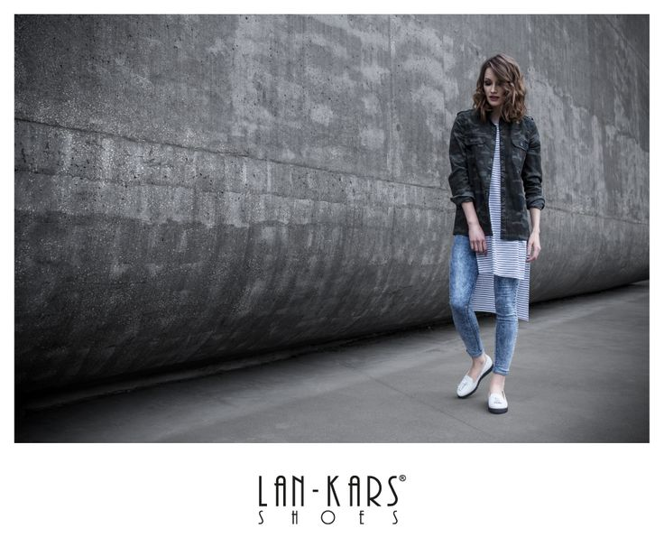 #lords #shoes #white #style #fashion #casual #jeans #girl #woman #womanshoes #lankars