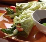 Vietnamese slarolletjes met dip