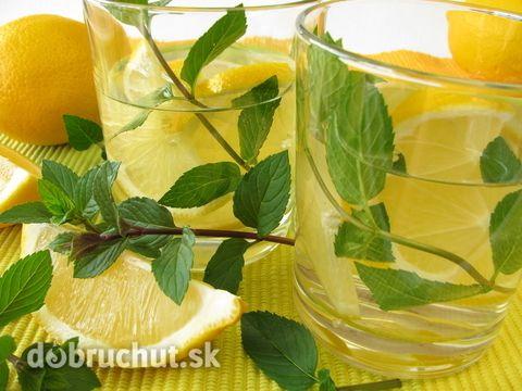 Mätová citronáda