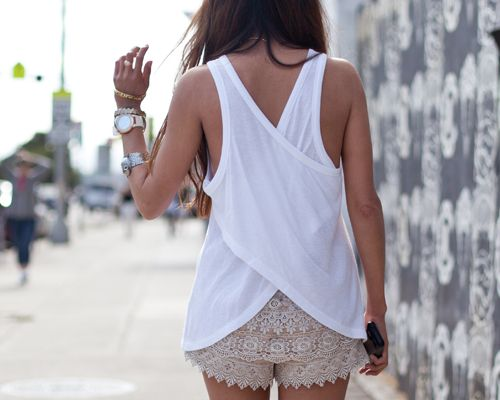 lace shorts.: Summer Day, Summer Looks, Criss Crosses, Summer Outfits, Crisscross, Lace Shorts, Beaches Style, Summer Tops, White Tops