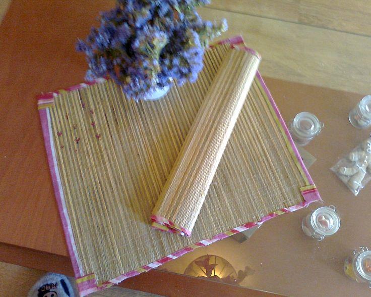 Individuales para mesa con esterilla cajas cuadros articulos de navidad pinterest - Individuales para mesa ...