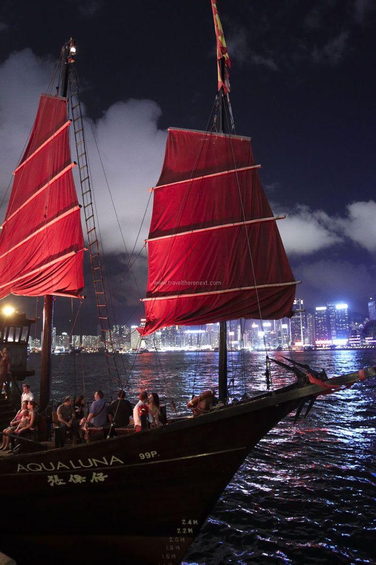 Hong Kong nightlife - Aboard the Aqualuna