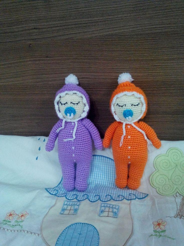 Örgü Uykucu Bebek Nasıl Yapılır? Formüllü anlatım - How to crochet an am... https://www.instagram.com/amigurumiorgu.oyuncakevi/