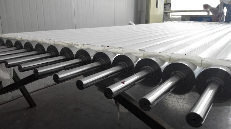 Fused Silica Roller Properties: Quartz roller good surface smoothness, not easy to scratch glass High Compressive Strength, Flexural Strength & Impact Strength at high temperature. Good wear resistance Low thermal expansion coefficient
