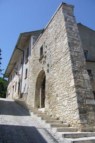 pretoro chieti italy | Muro in pietra di Pretoro
