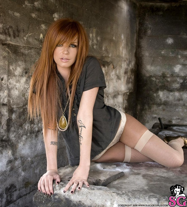 Suicide girl alle nude