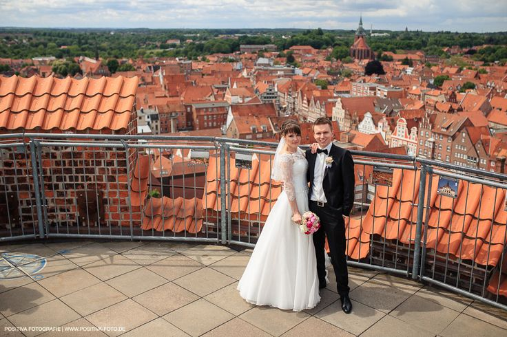 Hochzeit von Julia und Walerij in Hamburg und Lüneburg - Vitaly Nosov & Nikita Kret / Positiva Fotografie #hochzeit #hochzeitsfotograf #hochzeitsfotografie #fotograf #lüneburg #wedding #weddingphotographer #weddingphotography #brautpaar #bridandgroom #photographer