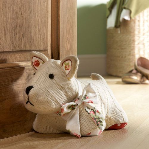 Scottie knitted doorstop