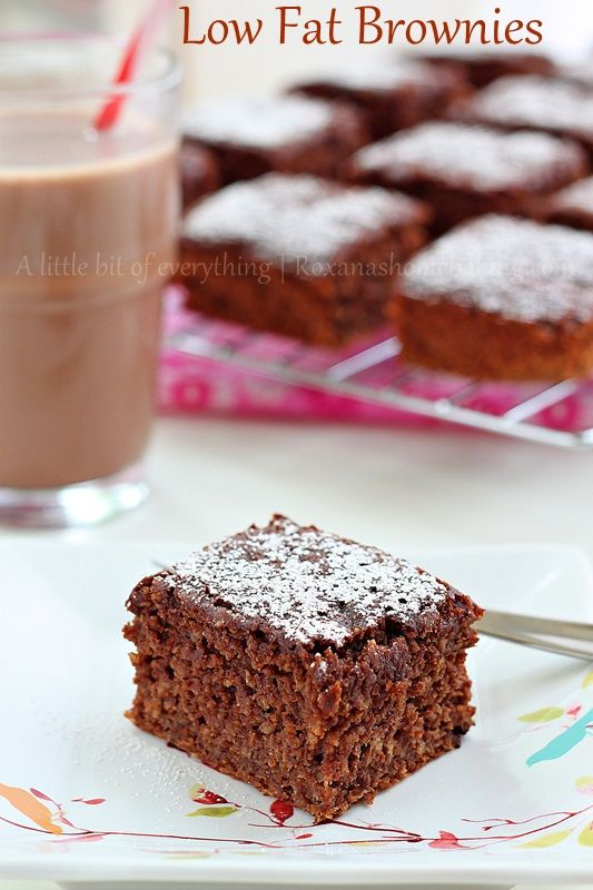 Low-fat banana brownies recipe - moist rich chocolate-y brownies sweetened with mash bananas