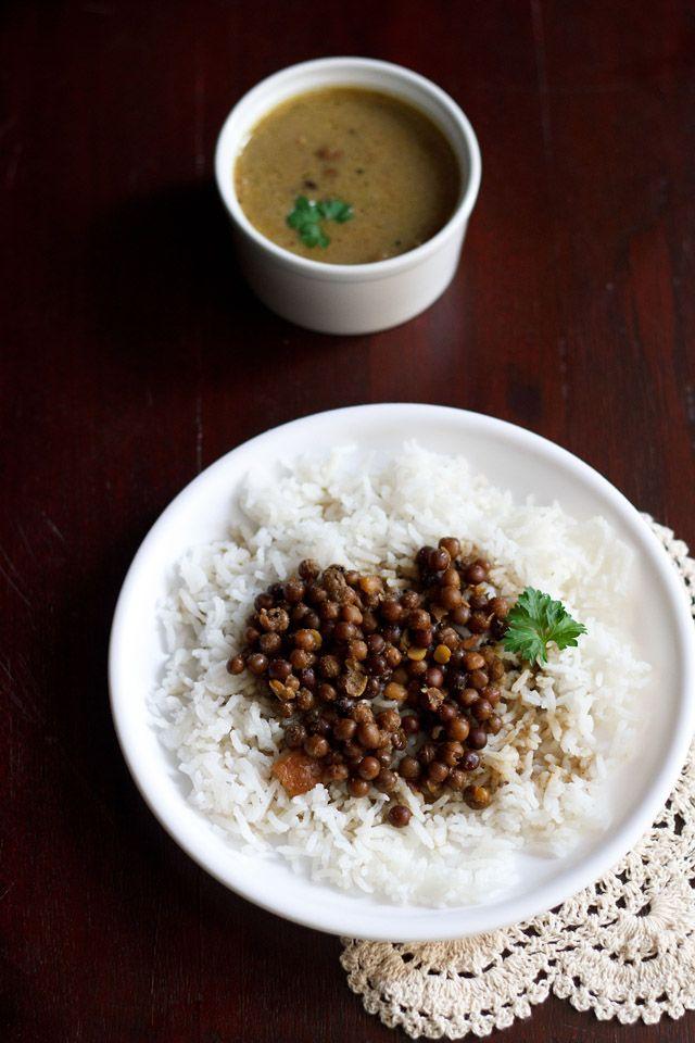 kala vatana amti – no onion no garlic coconut based black peas curry for ganesh chaturthi festival.