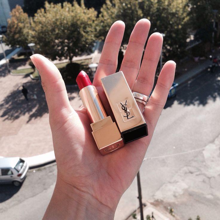#1 de YSL si estás buscando un rojo satinado este es el labial. #maquillaje makeup #looks #YSL #blog