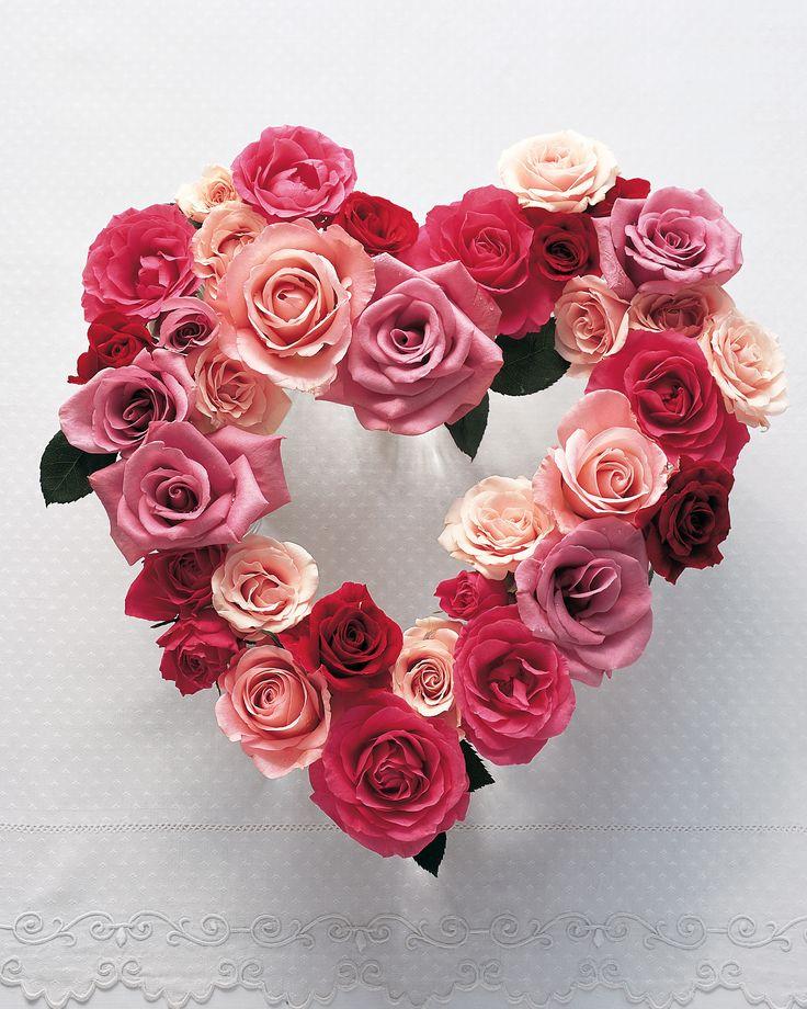 Valentine's Day Crafts: Flower Heart Centerpiece