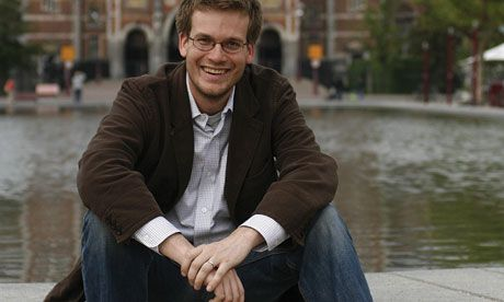 John Green: why I'll never self-publish In impassioned speech, author of Looking for Alaska says he'd be nowhere without 'tireless collaboration' of publishers