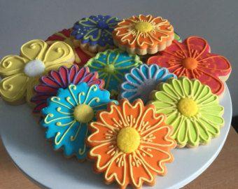 Items similar to Custom Flower Sugar Cookies (Set of Eight) on Etsy