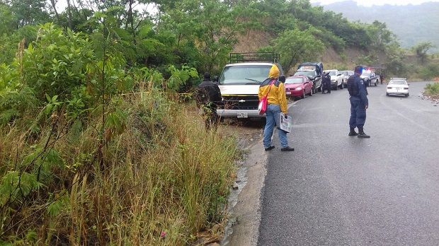Liberan en Jalpan a adolescente secuestrada en Poza Rica - http://www.esnoticiaveracruz.com/liberan-en-jalpan-a-adolescente-secuestrada-en-poza-rica/