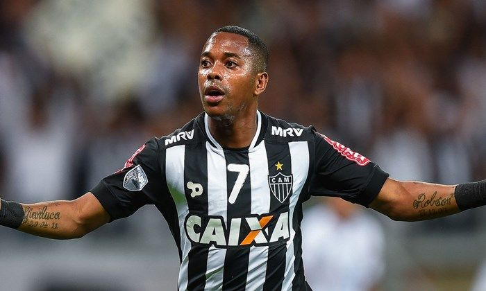 Santos inicia a negocia��o para o retorno do atacante Robinho em 2018